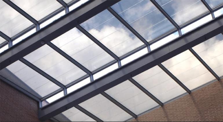 esolva-zonne-energie-friesland-onyx-solar-glas-dak